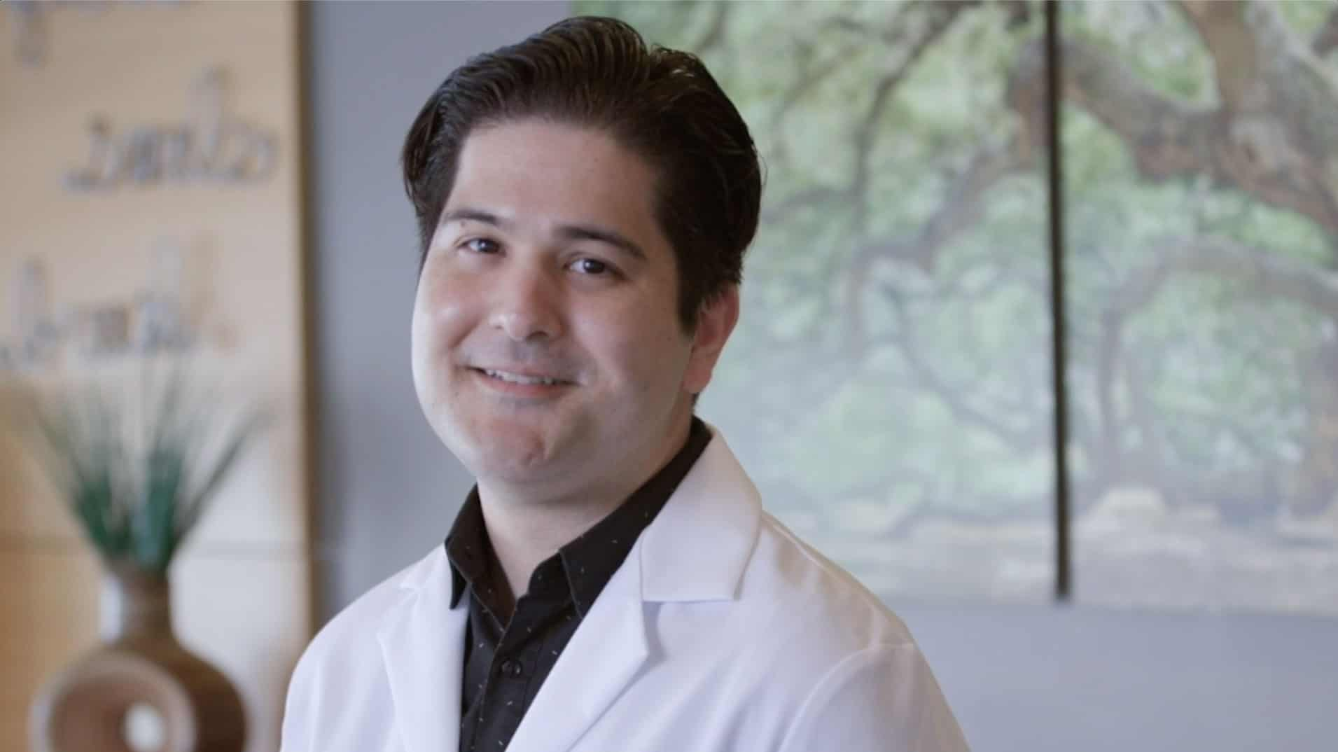 Dr. Peter Villadiego