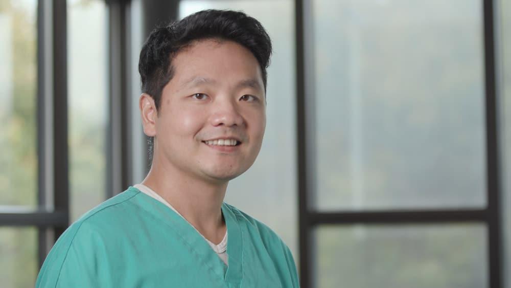 Dr. Jung Chun