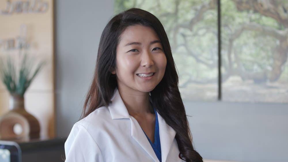Dr. Chloe Lee